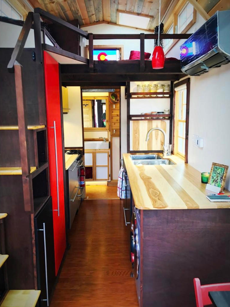 A luxury tiny house on wheels is full of big extras - Curbed