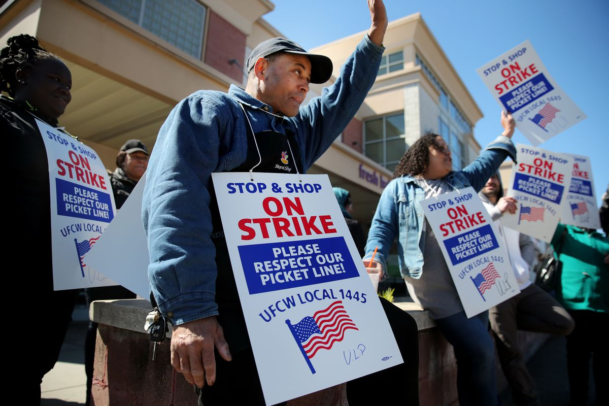 Stop N Shop Hours >> The Stop Shop Supermarket Strike Is Over After Union Reaches Deal