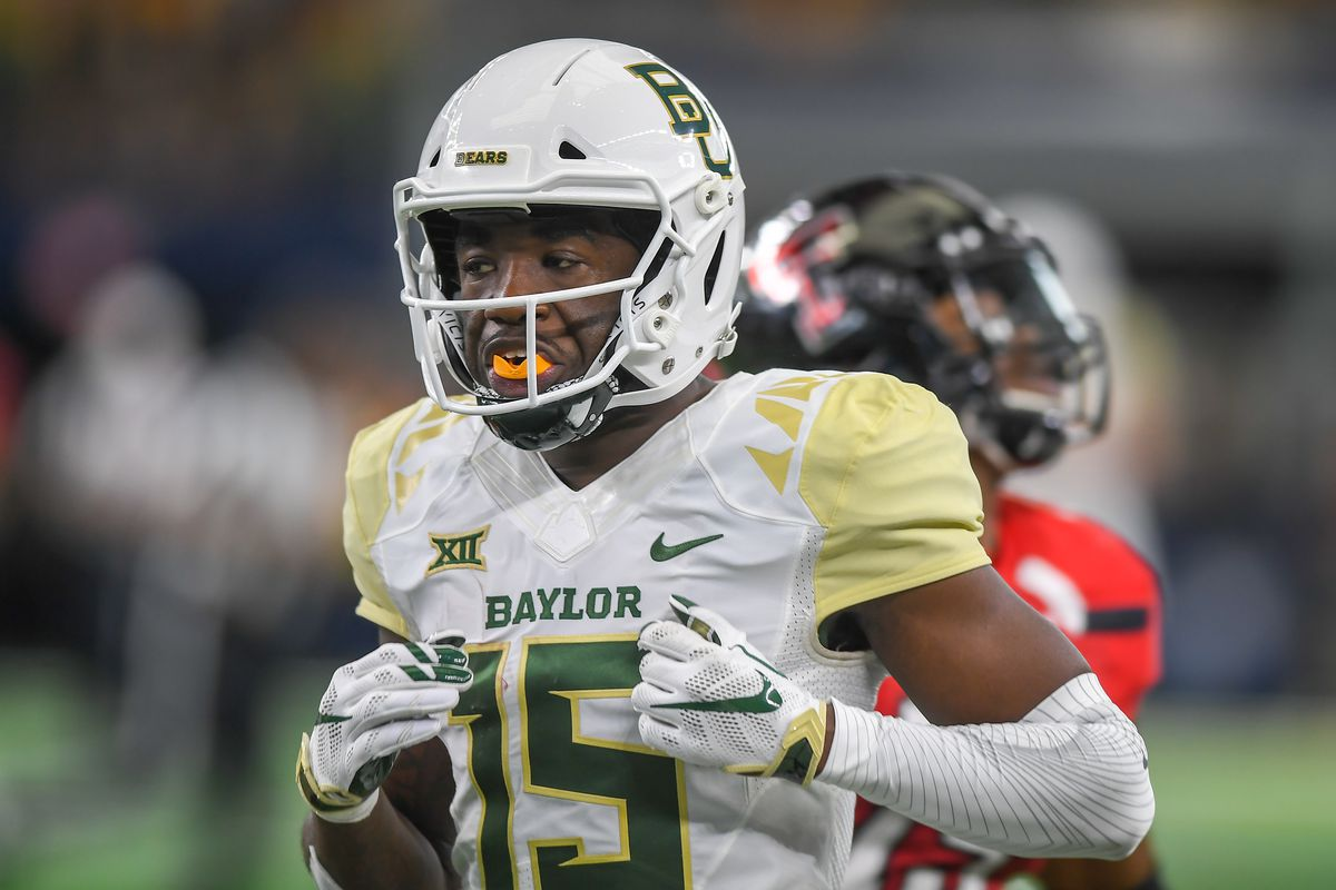 Wide receiver Denzel Mims #15 of the Baylor Bears on the field during the game against the Texas Tech Red Raiders on November 24, 2018 at AT&T Stadium in Arlington, Texas. Baylor defeated Texas Tech 35-24.
