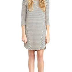 "<a href=""http://www.rachelroy.com/Chalk-Stripe-Sweatshirt-Dress/110335327,default,pd.html?variantSizeClass=&variantColor=JJGW2A1&cgid=110004705&prefn1=catalog-id&prefv1=rachelroy-catalog"">Chalk Stripe Sweatshirt Dress</a>, $49 (was $89)"