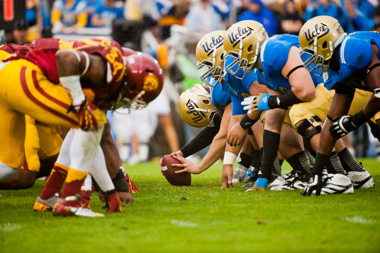 USC v UCLA Football