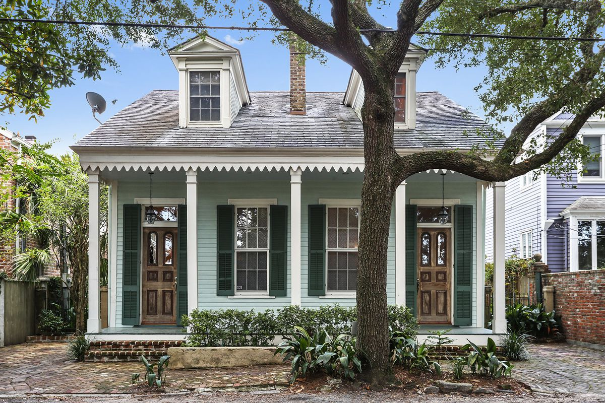 Renovated Garden District Cottage Seeks 1 3m Curbed New Orleans