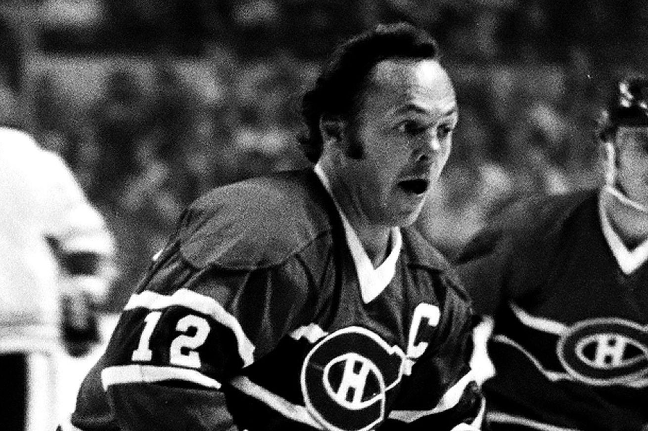 Legends Challenge: Yvan Cournoyer runs out of road