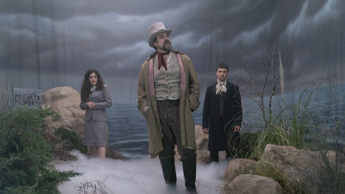 Frankenstein S Monster S Monster Frankenstein Review David Harbour Flexes His Comedy Chops Polygon