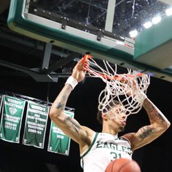 Ty Groce for the dunk!<br>