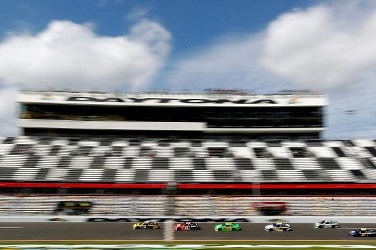 NASCAR 2012 Daytona 500 qualifying