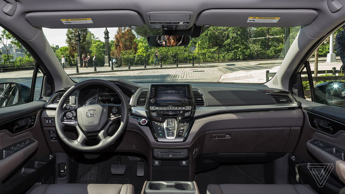 The 2018 Honda Odyssey Turns The Screens On Your