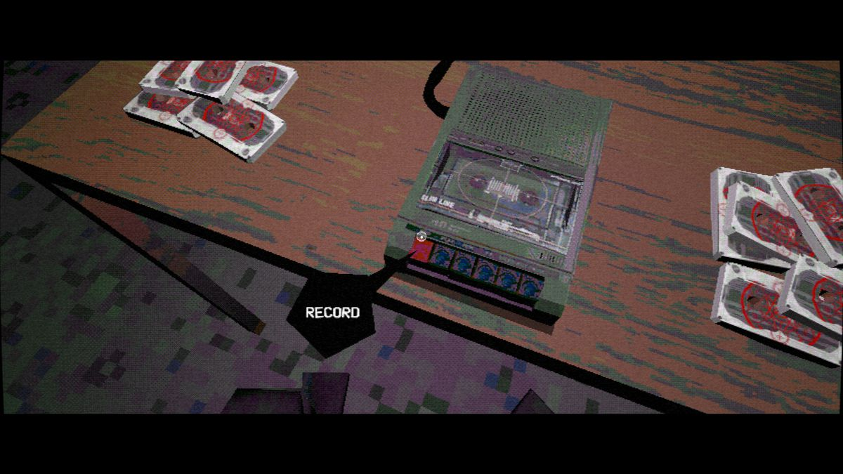 Nightslink: el reproductor se prepara para grabar un casete en una habitación oscura.