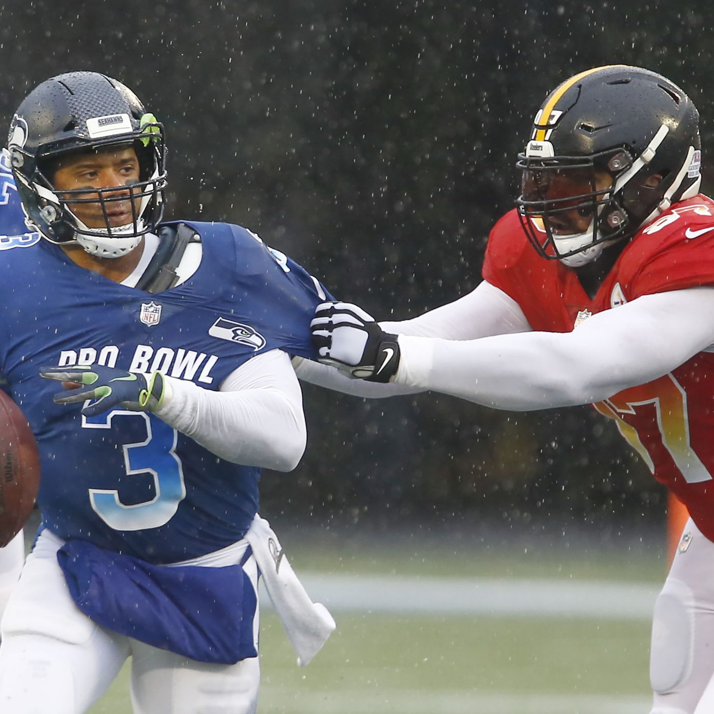 innovative design 26601 5abca 2019 Pro Bowl: Seahawks QB Russell Wilson sacked four times ...