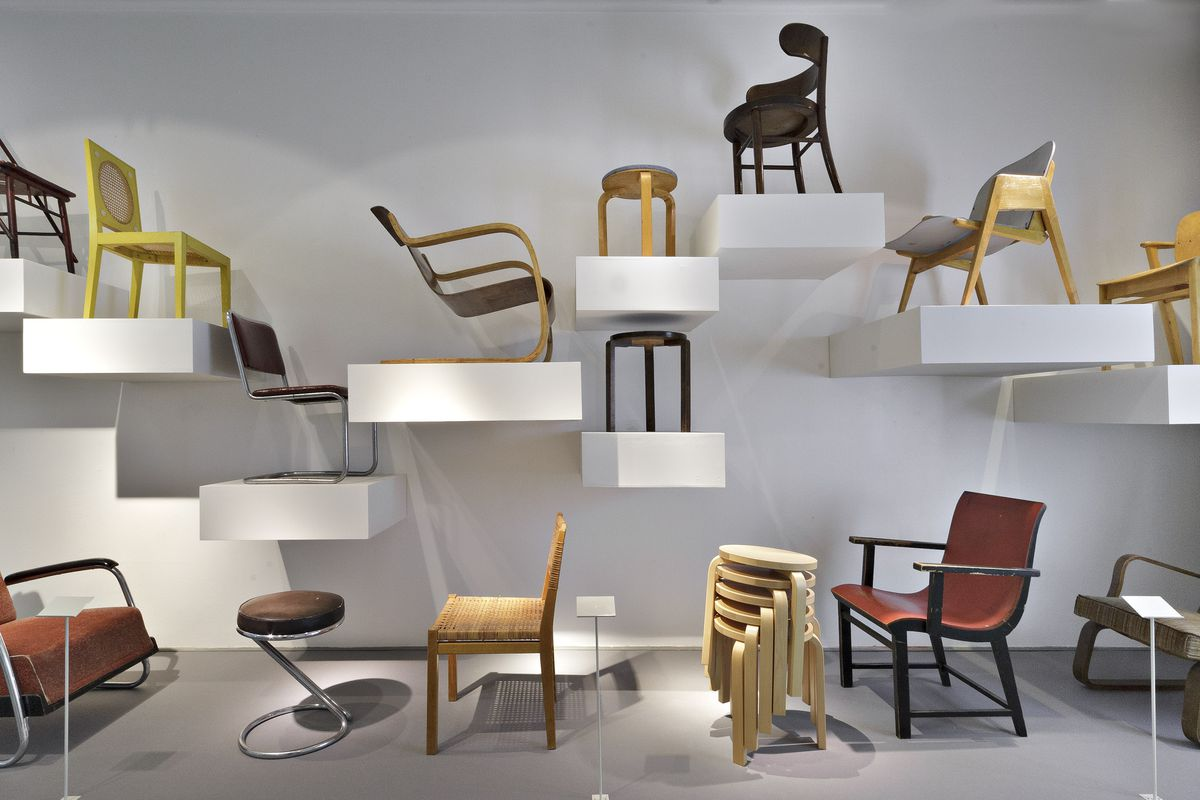 15 beautiful furniture collections at the world 39 s museums for Furniture collection