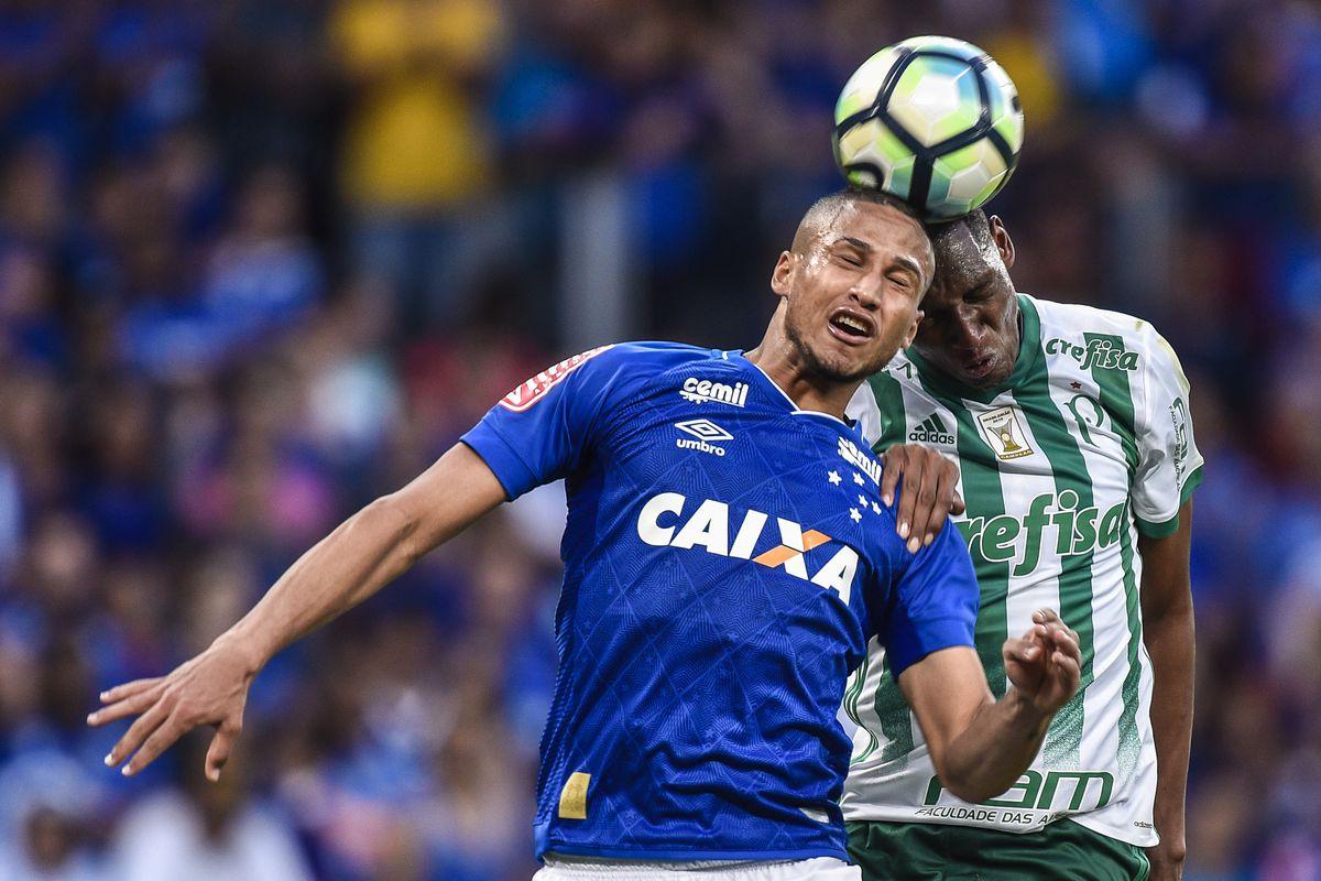 Cruzeiro v Palmeiras - Brasileirao Series A 2017