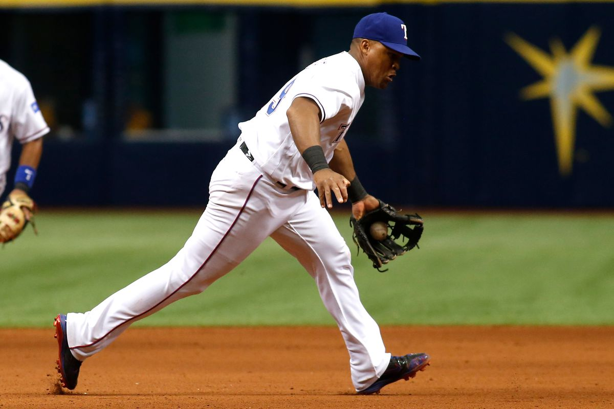 Adrian Beltre leaves Rangers' game with hamstring injury