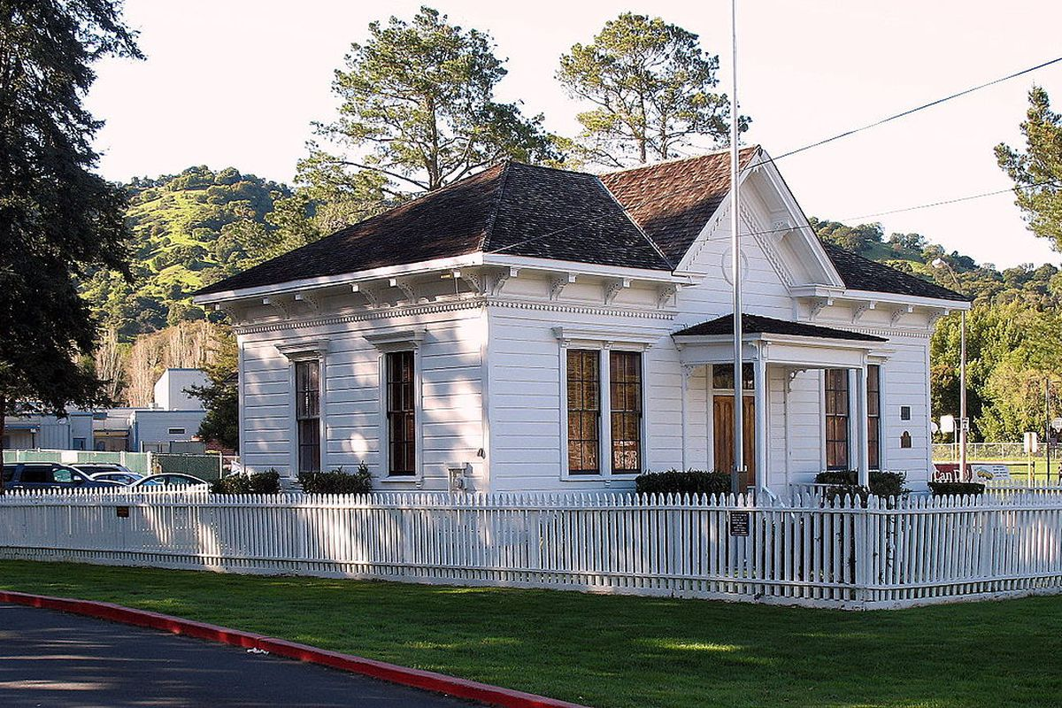 The original Dixie schoolhouse.
