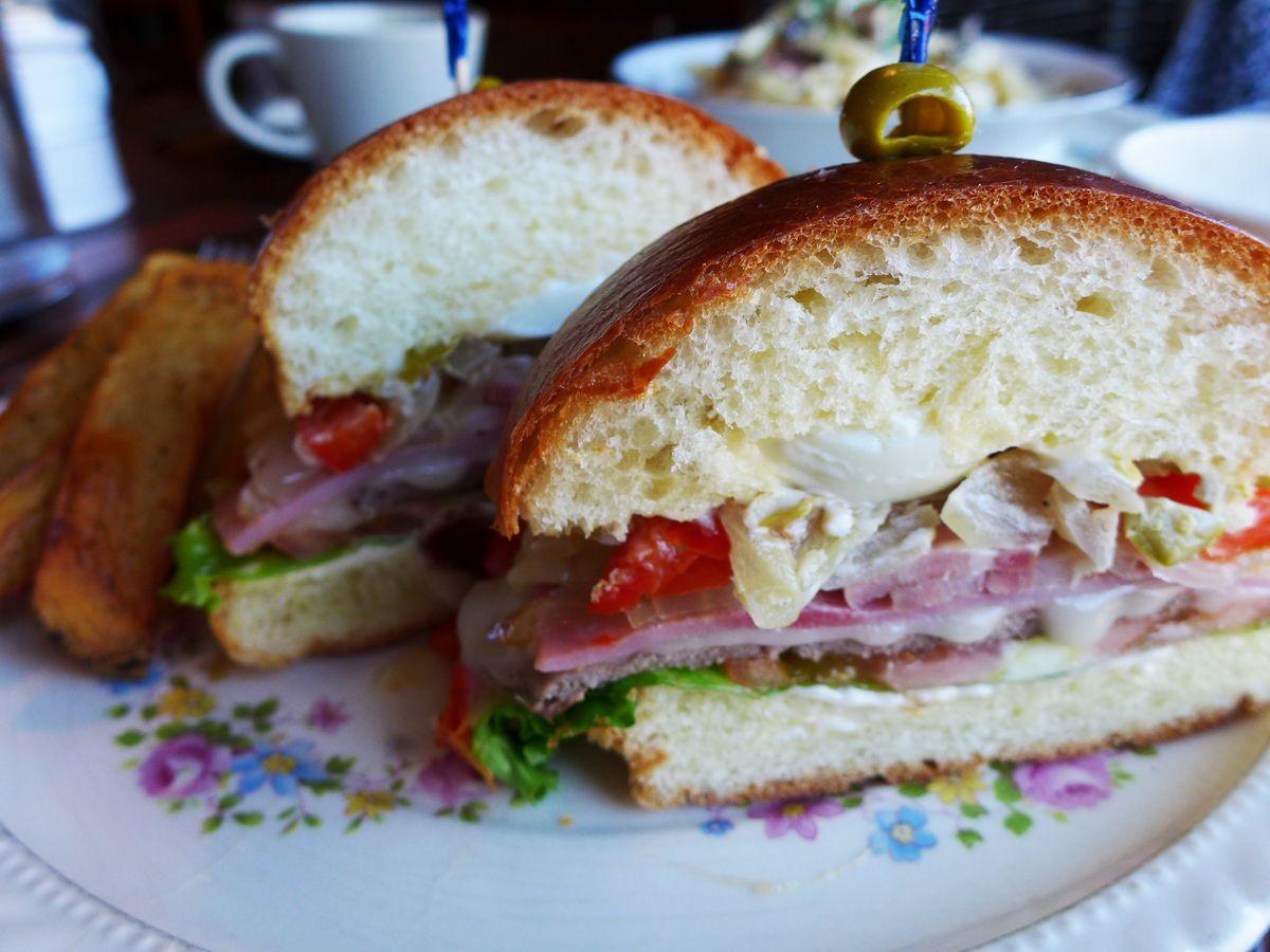 Chivito sandwich