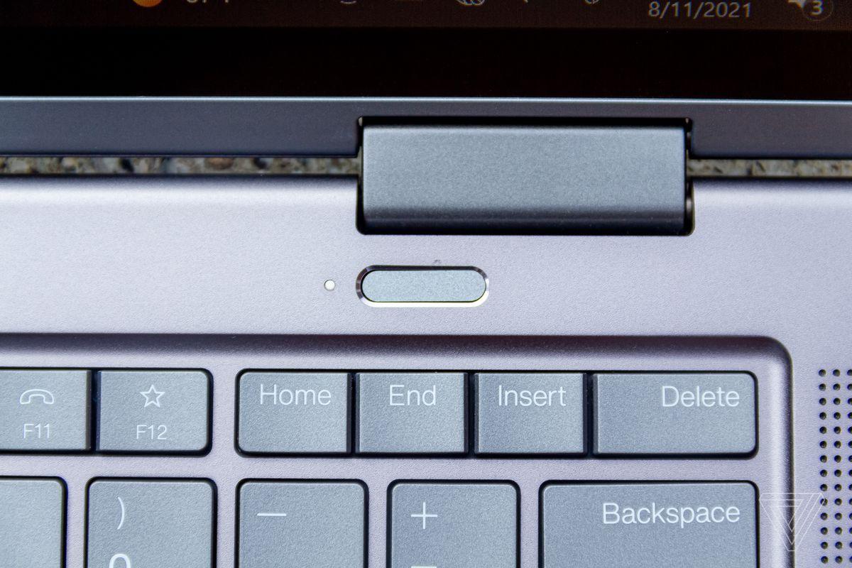 The fingerprint sensor on the ThinkPad X1 Yoga Gen 6 seen from above.