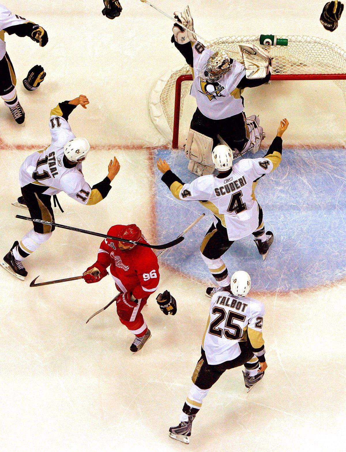 Stanley Cup Finals - Pittsburgh Penguins v Detroit Red Wings - Game Seven