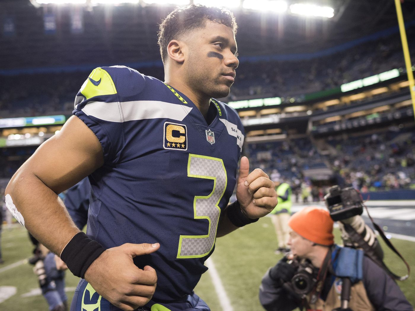 brand new afcea b06bc NFC Pro Bowl roster 2018: Russell Wilson, Drew Brees will ...