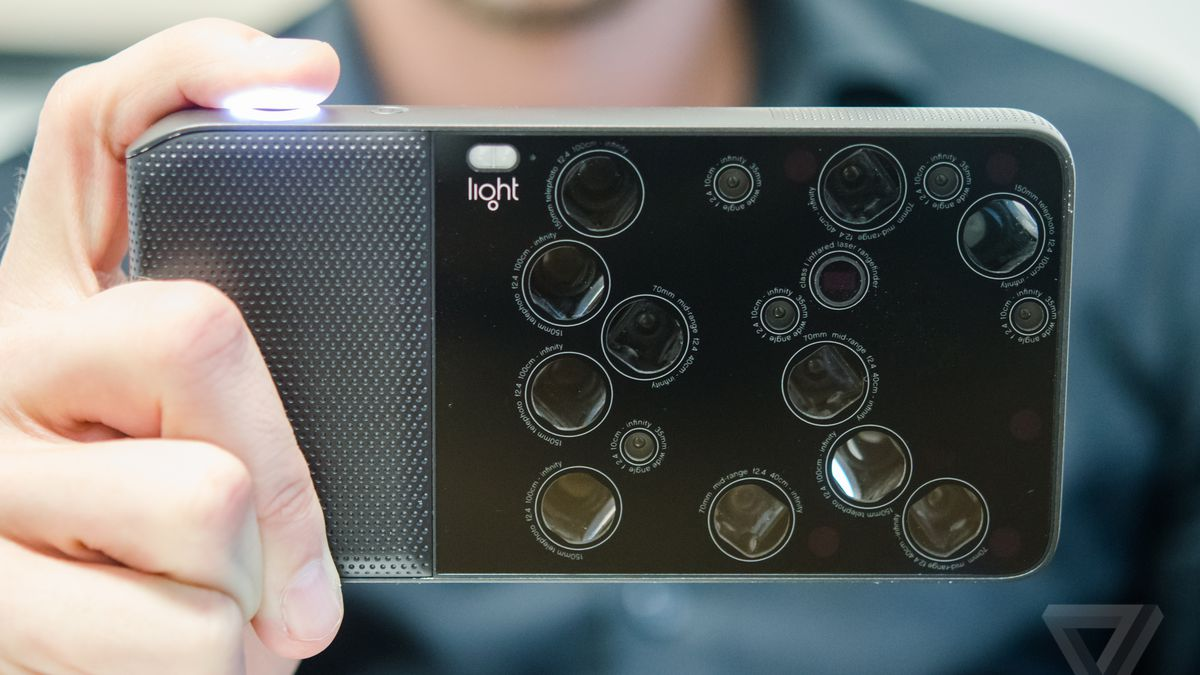 Computational Photography Replaces Or >> This Camera Is Actually 16 Cameras In One The Verge
