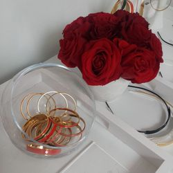 Tuleste's bright bangles and rings were quickly snapped up by all the blogstars in attendance.