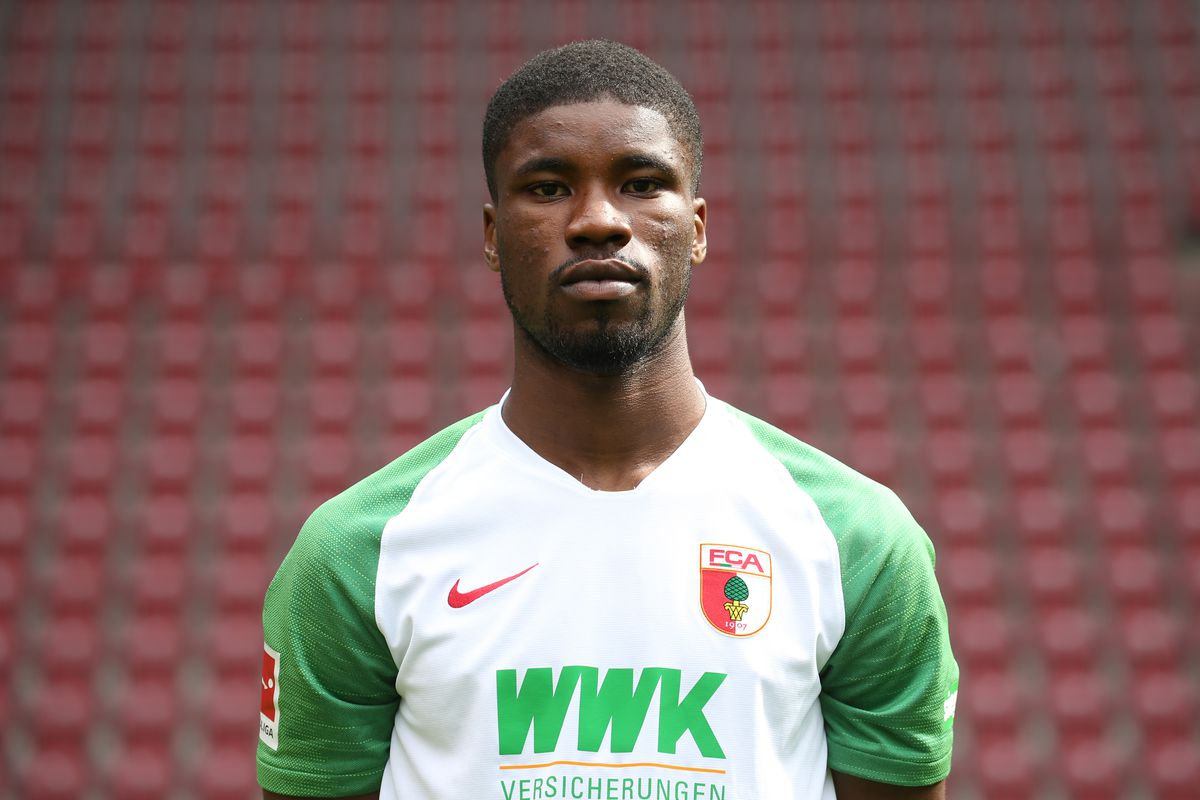 Kevin Danso signed with Southampton from FC Augsburg on loan with an option to buy, completing his transfer