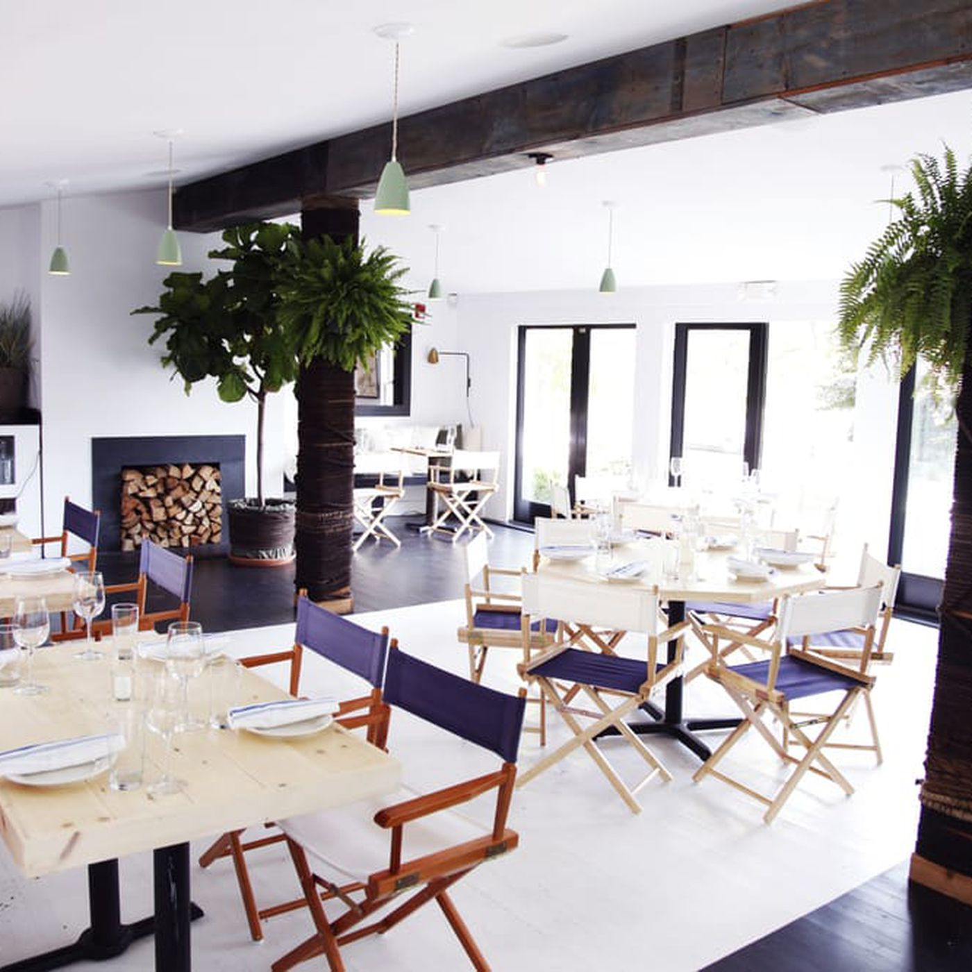 Hamptons Hotspot Moby S Will Reopen On