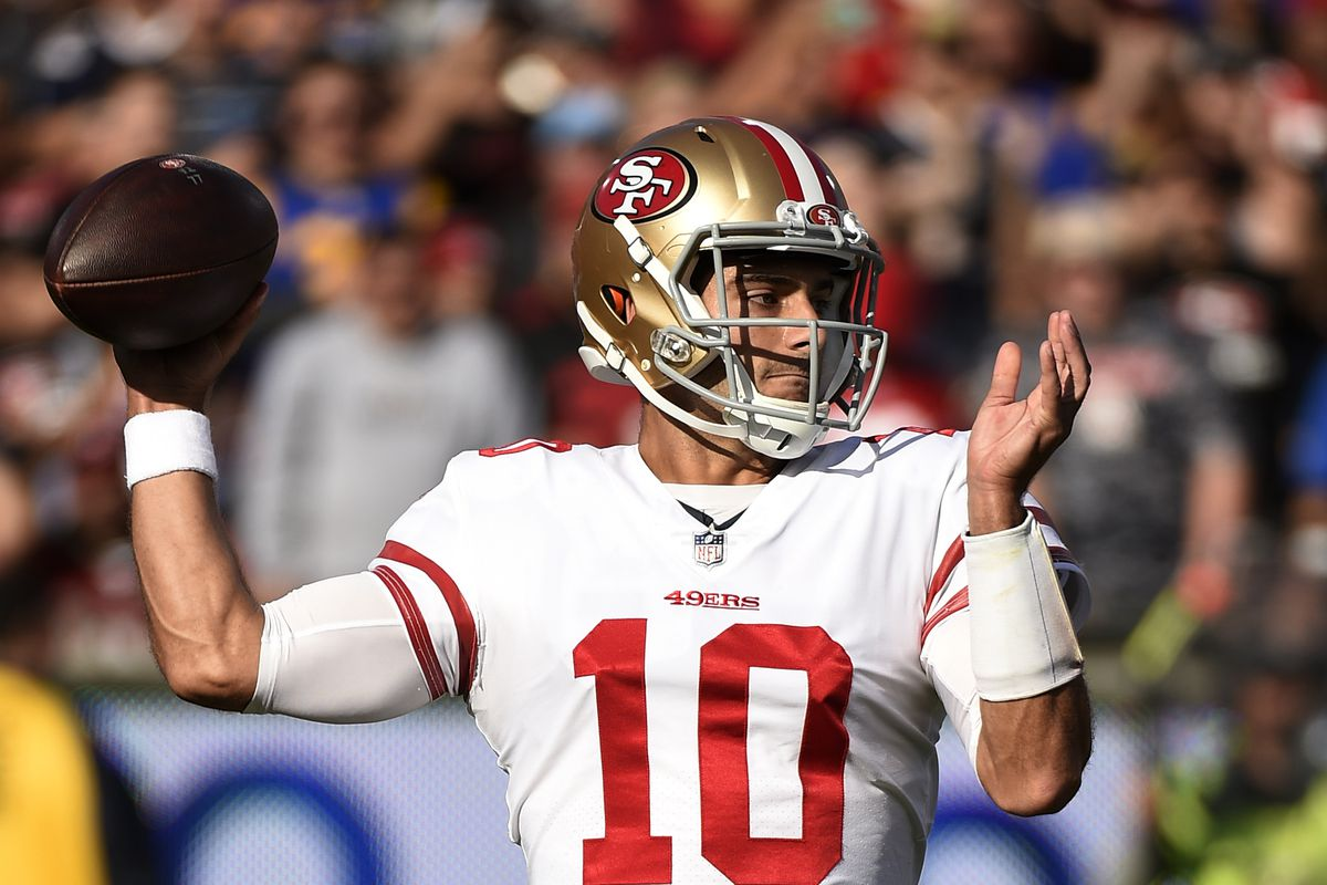 Jimmy Garoppolo throwing a pass