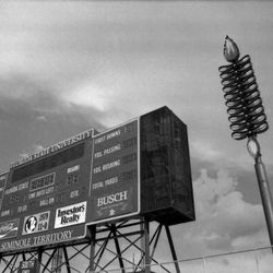 <strong>1984- New Florida State University scoreboard</strong>