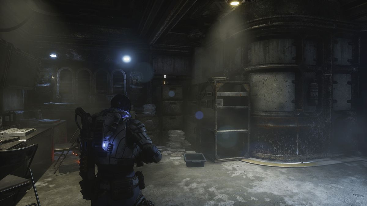 Gears 5 Component [East Comm Tower] 2