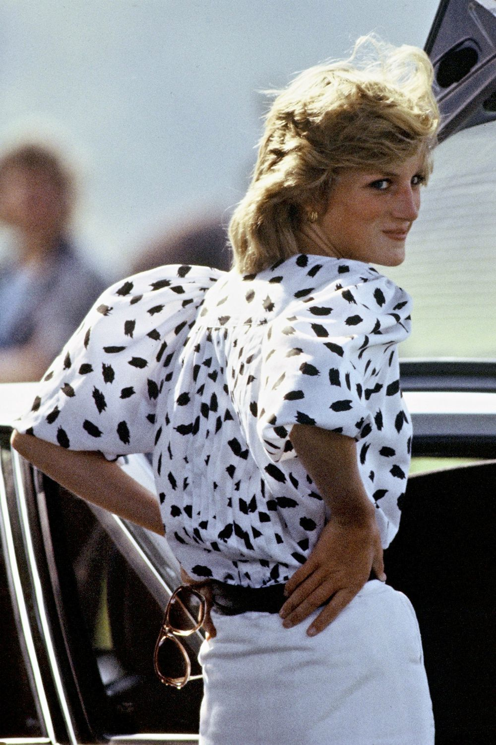Princess Diana looking over her shoulder in close-up