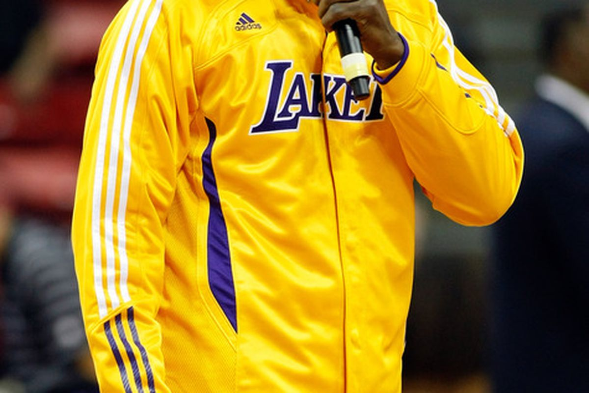 """""""...and performing his new single """"Metta"""" here is World Peace!"""""""