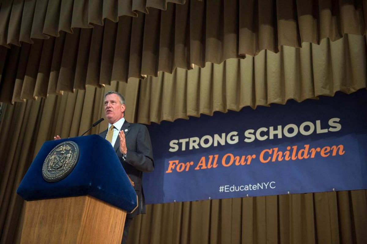 """When Mayor Bill de Blasio unveiled the Renewal program in November 2014, he said the city would """"move heaven and earth"""" to help the struggling schools improve. (Photo: Twitter/NYC Mayor's Office)"""