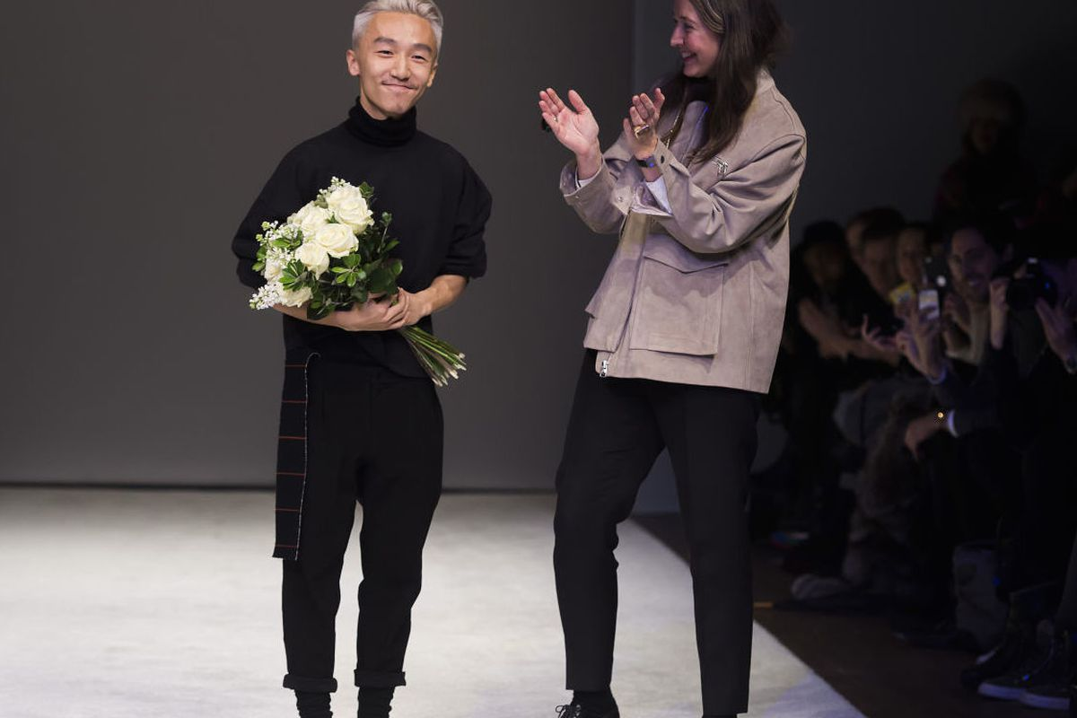 "Photo:<a href=""http://fashionista.com/2015/01/hm-design-award-2015-winner#fashion-show-hmda-ximon-lee-ann-sofie-johansson-25jpg""> Fashionista</a>"