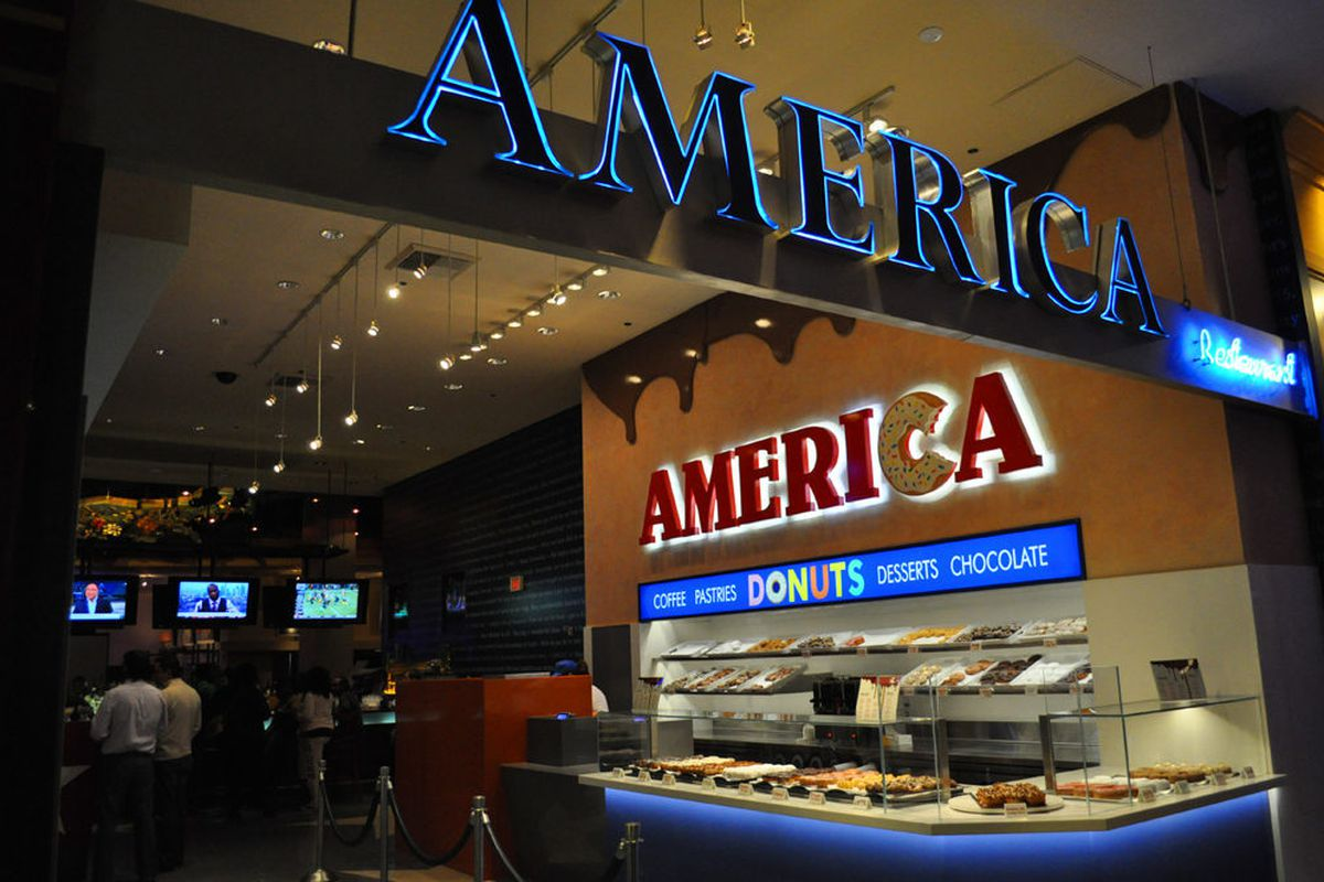 America Restaurant at New York-New Yorks has added a donut shop.
