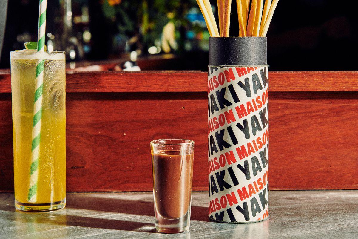 Maison Yaki-style pocky sticks