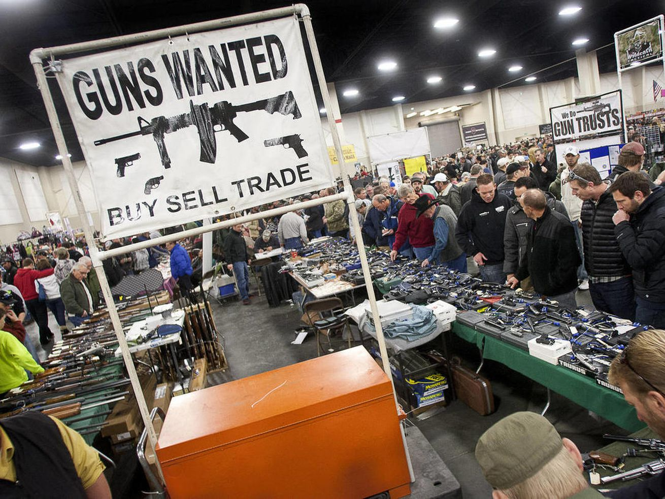 Utah bill takes aim at Salt Lake County gun show background checks