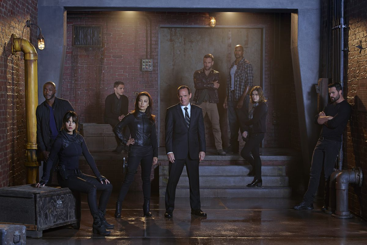 The cast of Agents of S.H.I.E.L.D. posts in a moody fashion, to let you know things are about to get real.