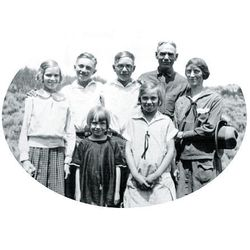 """Humor helped guide the Hinckley family. """"If the time ever comes when we can't smile at ourselves, it will be a sad time,"""" President Hinckley said."""