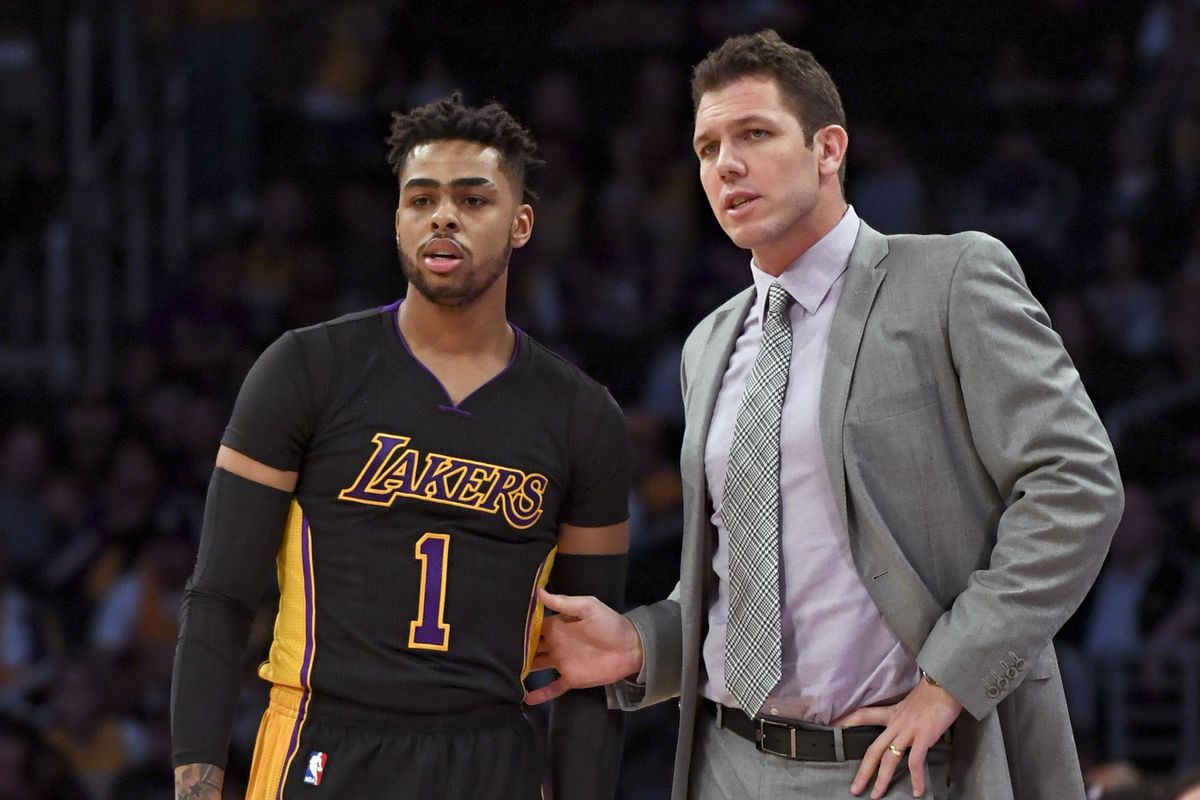 Luke Walton impressed by how well D'Angelo Russell is playing for Nets