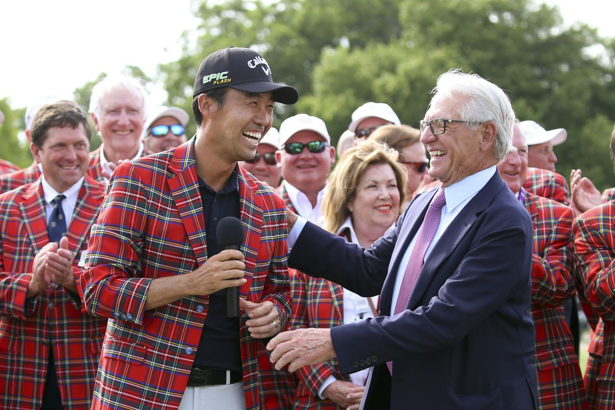 Kevin Na, front left, is congratulated by Charles Schwab after winning the Charles Schwab Challenge at Colonial last year in Fort Worth, Texas. The PGA Tour hopes to restart the current season at Colonial in June.