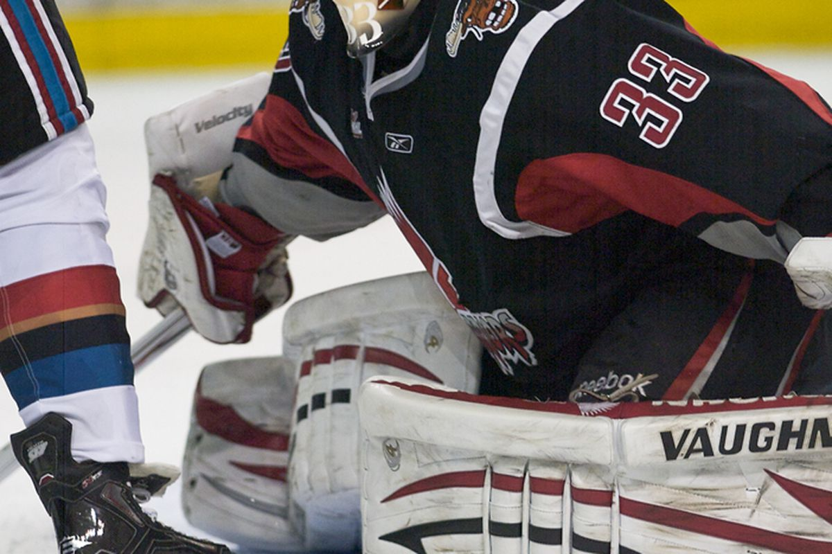 """<em>Thomas Heemskerk, shown here playing goal for the Moose Jaw Warriors, was spectacular tonight in his 26 save performance. [Photo courtesy of <a href=""""http://dubnation-news.blogspot.com/"""" target=""""new"""">Dub Nation</a>]</em>"""
