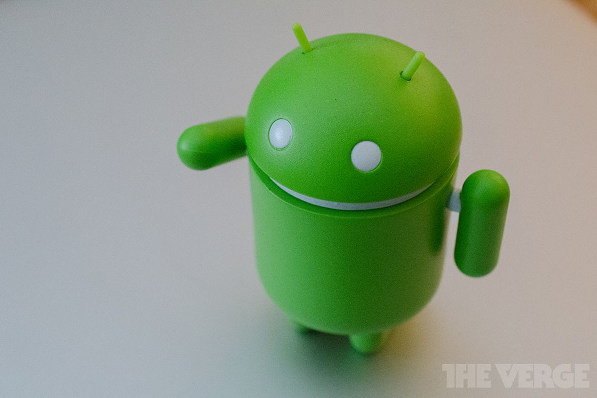 Android doll mascot logo