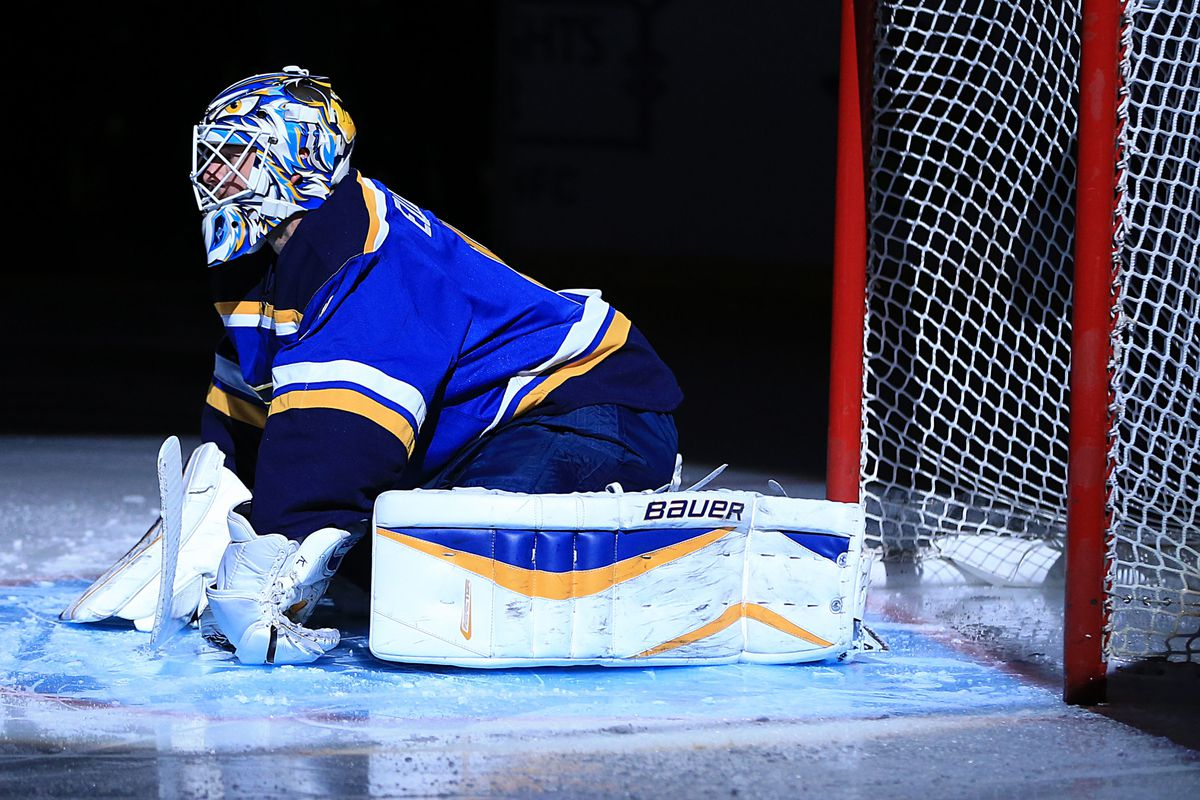 Brian Elliott's napping position during the first Period agains the Avs.