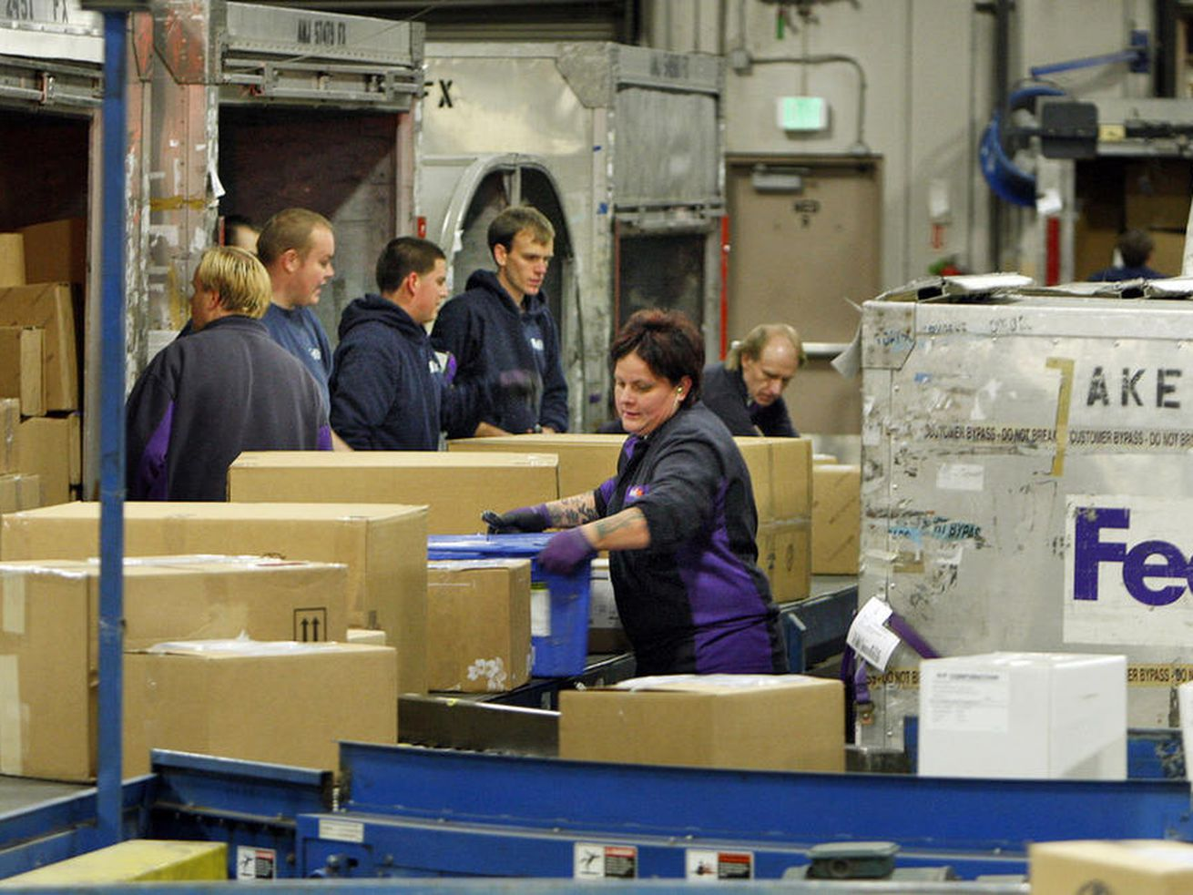 FedEx to add more than 650 seasonal positions in Salt Lake City