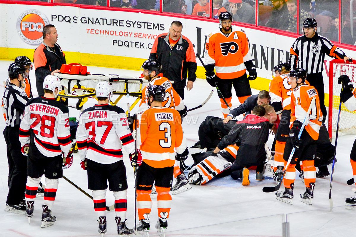 1e4f0f8a545 Michal Neuvirth leaves Flyers game after collapsing in his crease ...