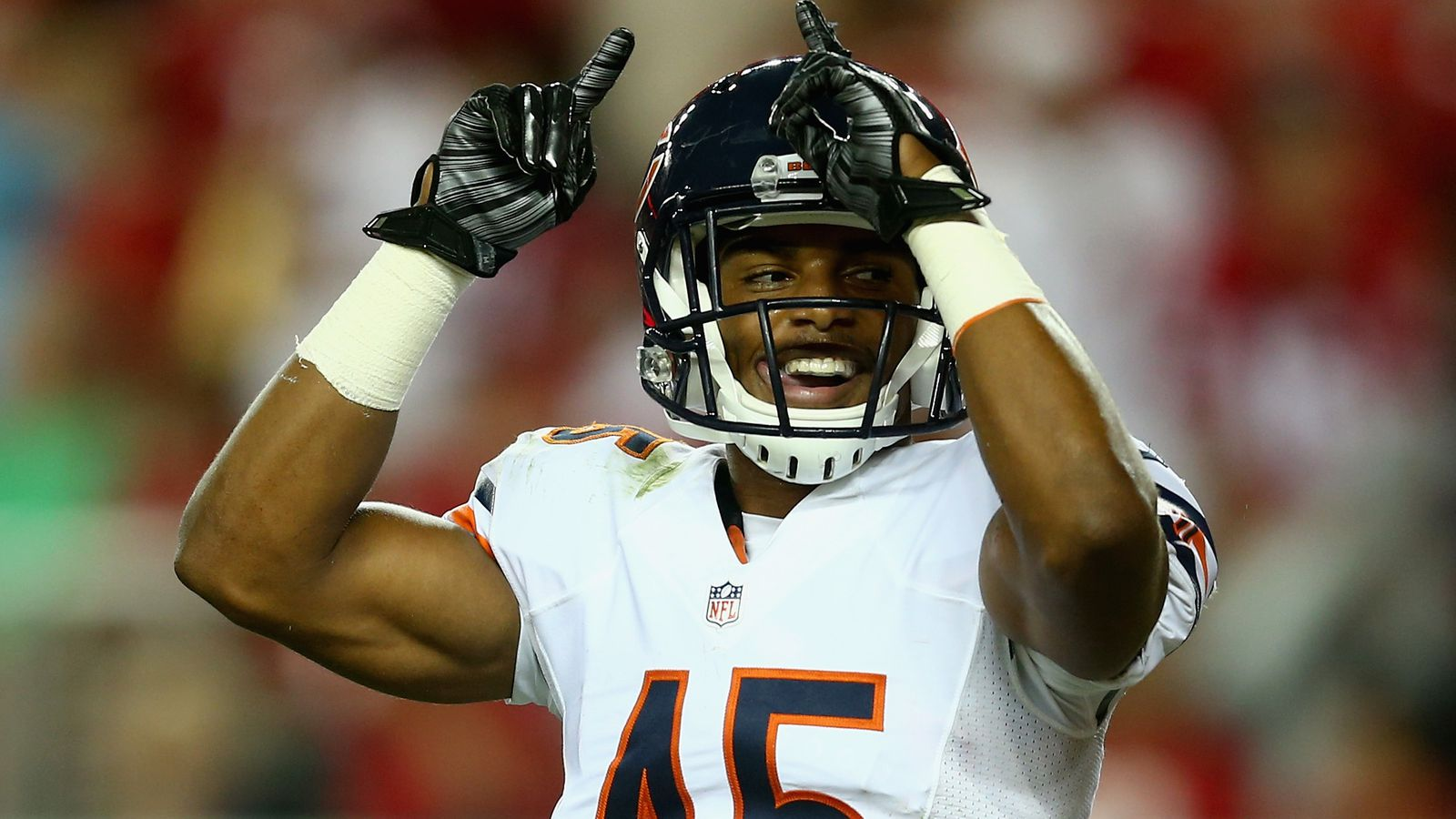 Get the latest Chicago Bears news scores stats standings rumors and more from ESPN