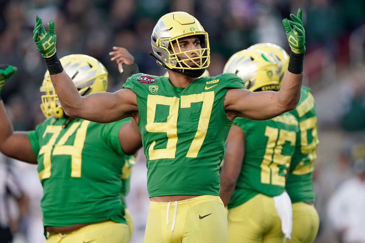 efba1feeb85 Jalen Jelks Could Be A Day 3 Target At Edge For The Redskins - Hogs ...