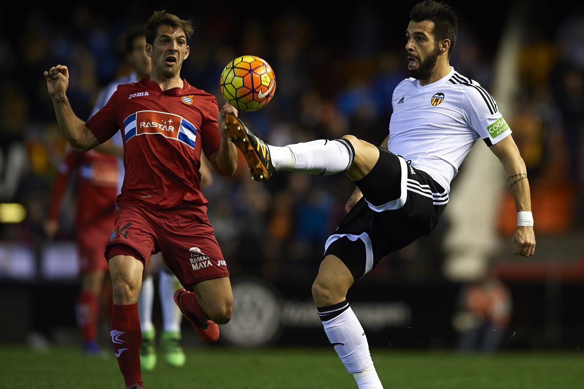 Alvaro Negredo wants to move to Milan, one way or another. But does either club have interest in him?