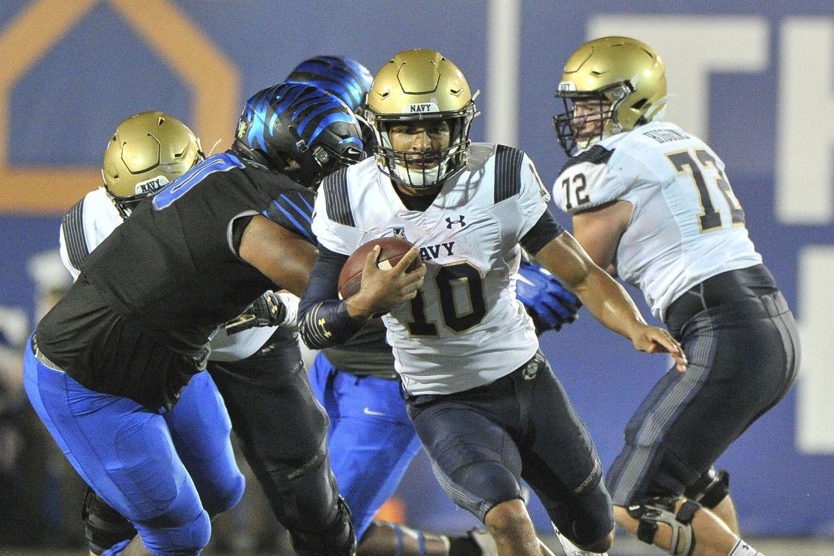 Navy Football The Midshipmen Fall To The Memphis Tigers
