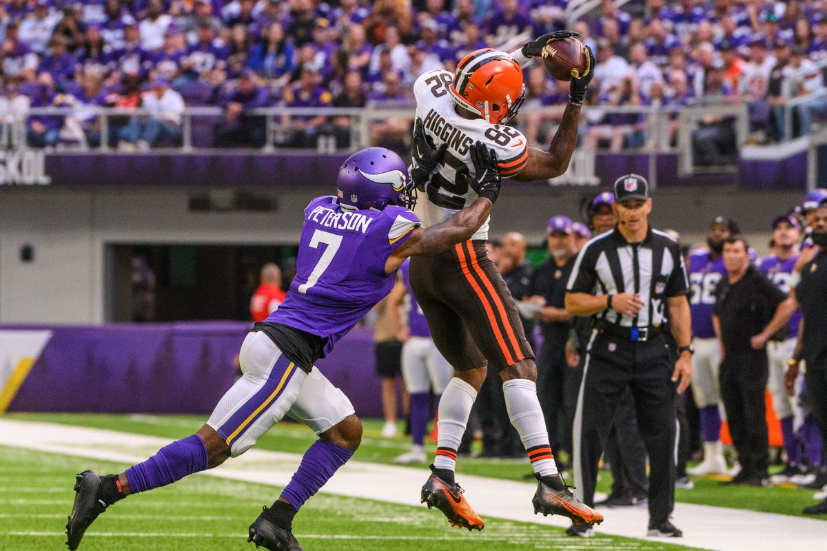 Rashard Higgins #82 of the Cleveland Browns catches the ball in the second quarter of the game against the Minnesota Vikings at U.S. Bank Stadium on October 3, 2021 in Minneapolis, Minnesota.