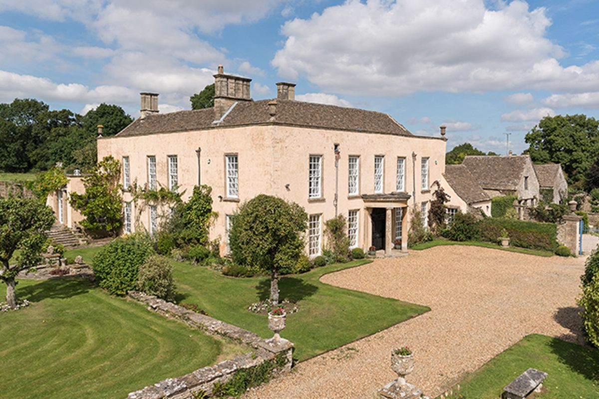 Pride And Prejudice Home In English Countryside Hits